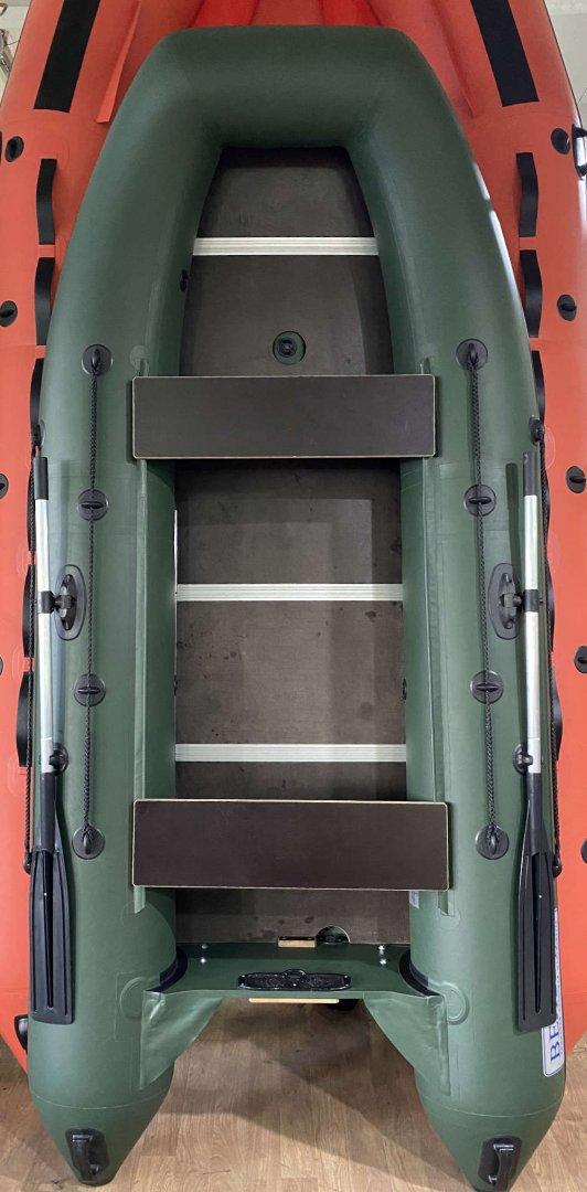Надувная моторная лодка Камыш 3200 (складная слань + надувной киль). Стандартная серия. Трейд-ин в идеальном состоянии